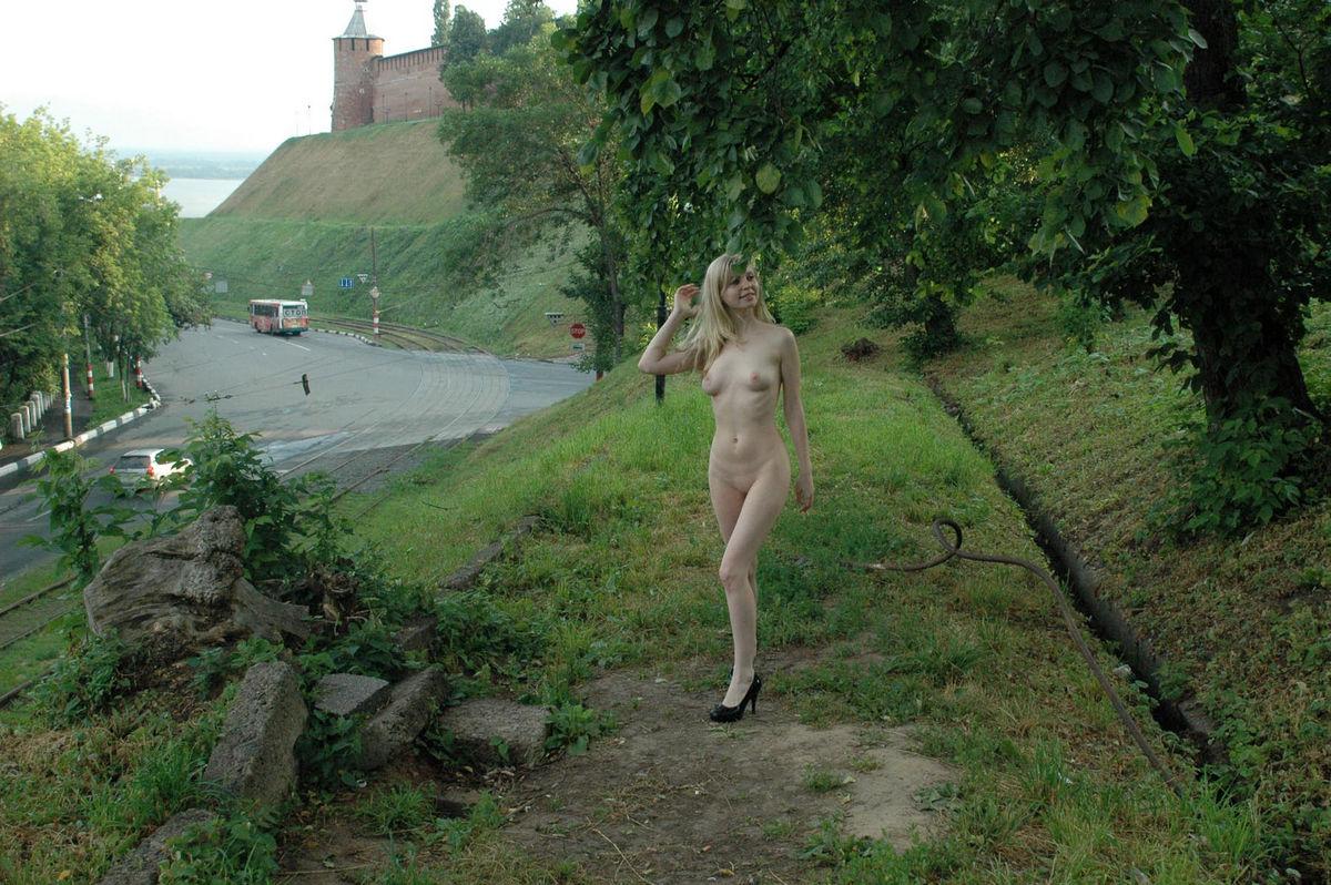 Xcamgirls69 com very sexy blonde cam girl