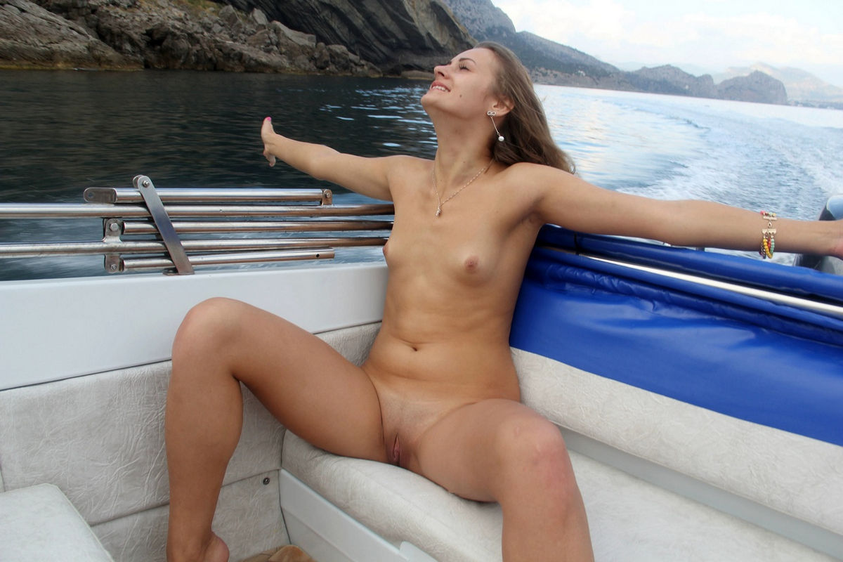 sexy girls on boats