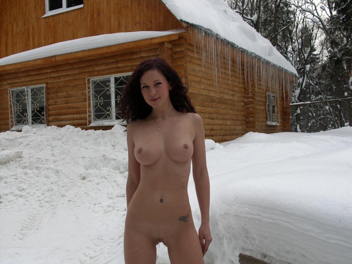 American blonde big tits nude