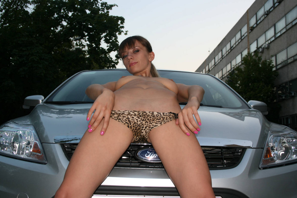 wet pussy and cars