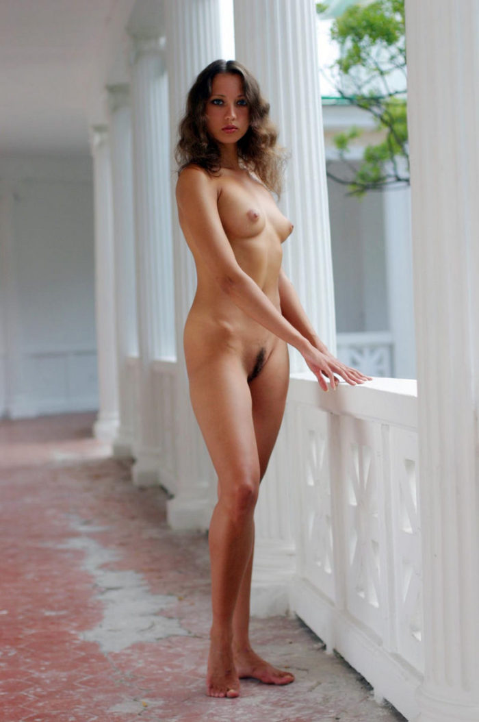 Sweet Teen Posing Nude At Crimean Palace  Russian Sexy Girls-6412