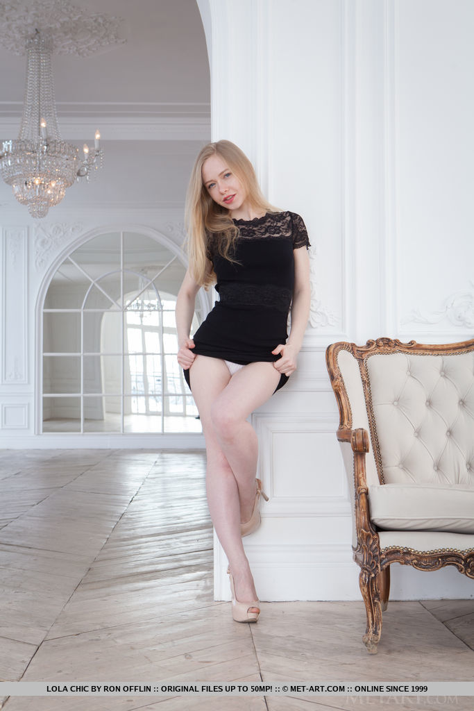Blonde bombshell Lola Chic strips her black dress and displays her smooth, fair complexion and pink assets