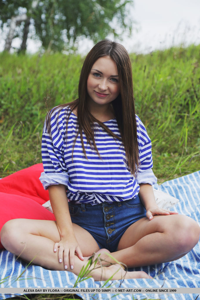 Alexa Day enthusiastically strips off her striped shirt and denim shorts, showing off her succulent goods as she sprawls naked on the picnic blanket.