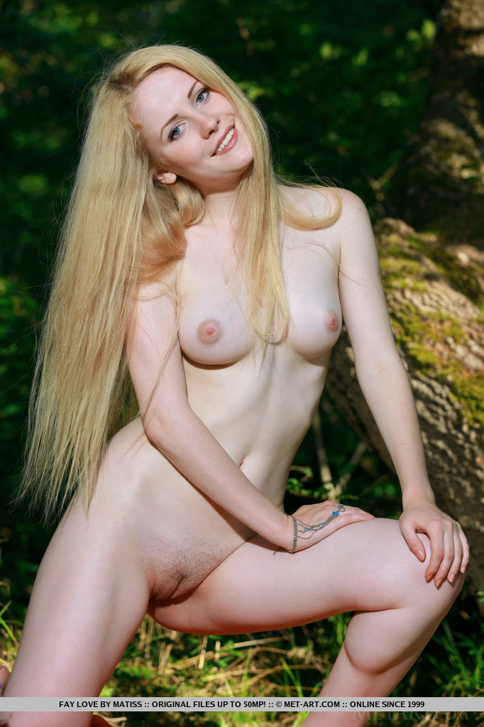 Fay Love is an outdoor loving babe who loves baring her sensuous body under the sun, her smooth, porcelain skin glowing, with sweet puffy pink nipples and yummy butt.
