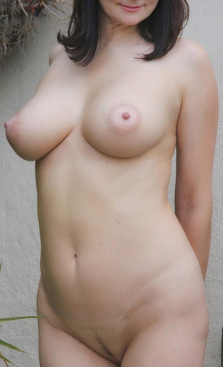 Girls gif tits with nude big