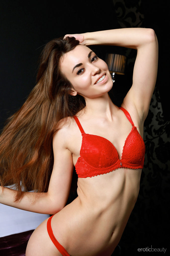 Barbara displays her angelic face, youthful allure, stunning naked body on the bed.