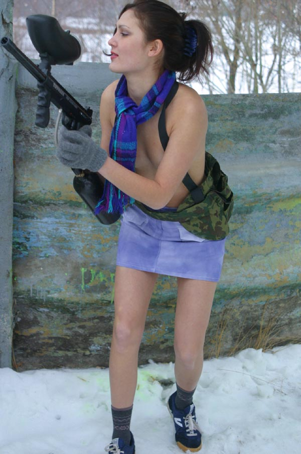 Does clothing interfere with playing paintball in winter?