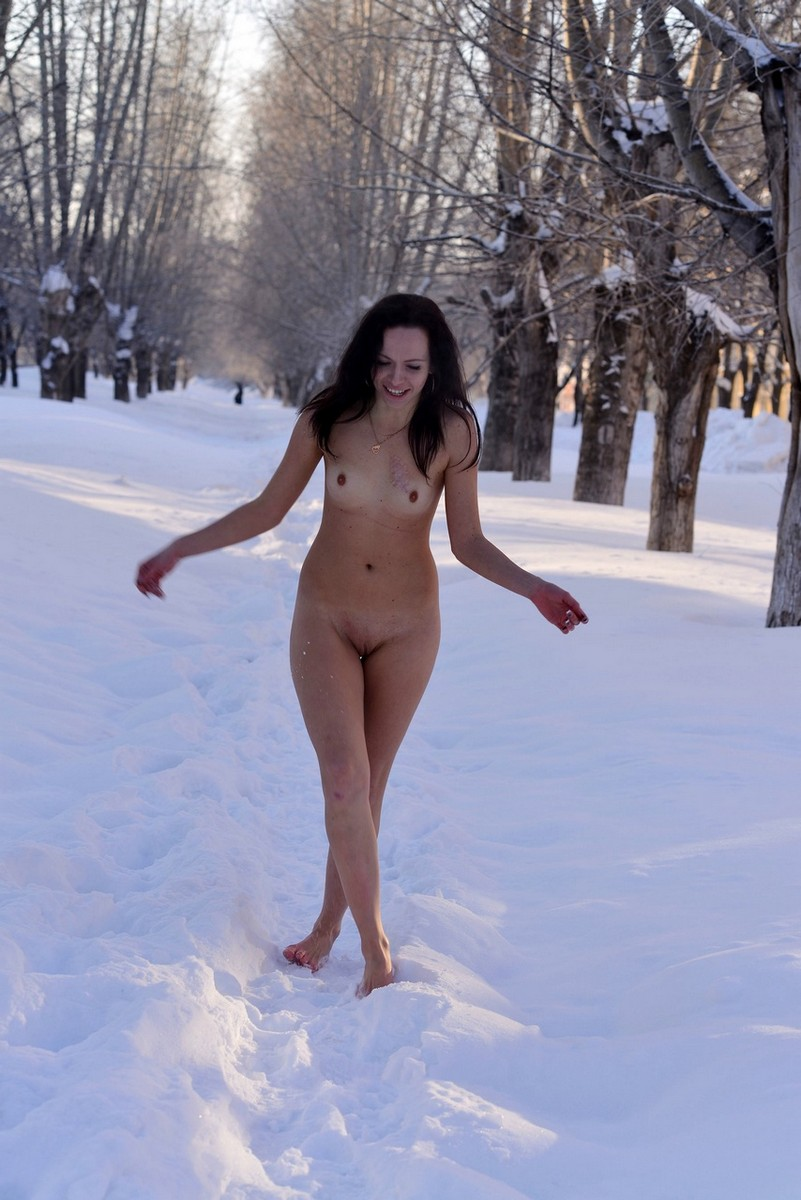 posing-camera-naked-winter-photo-magazine-eastern-european-girls-nude