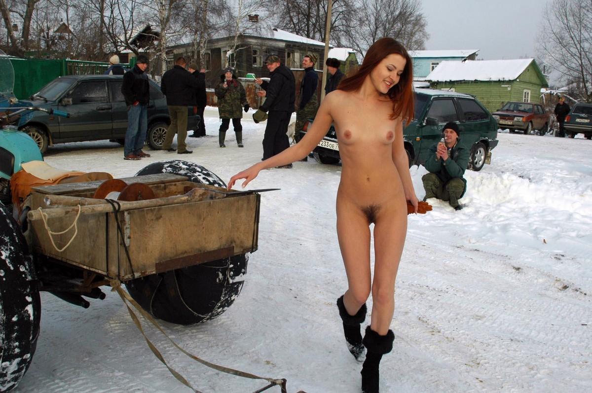 nude girl car selfie