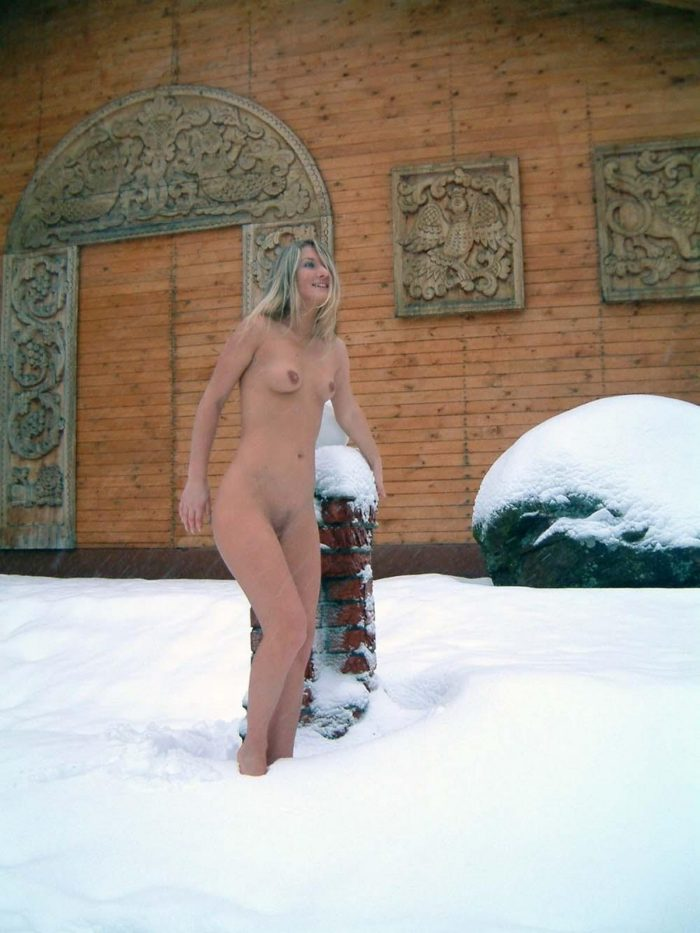 Russian blonde Julia T naked session at winter