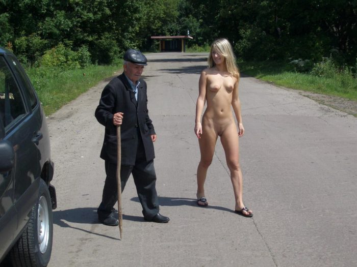Shameless blonde walks naked in front of an old man