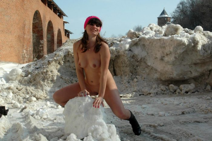 Crazy russian girl tries to fuck snowdrift