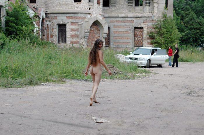 Russian girl Margarita with nice ass walks near ruins