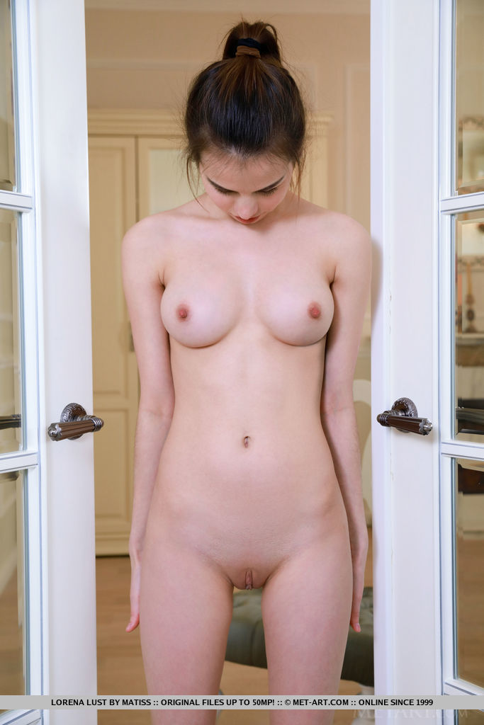 Lorena Lust debuts her youthful beauty and nubile body