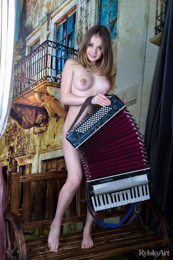 Music4TheMasses