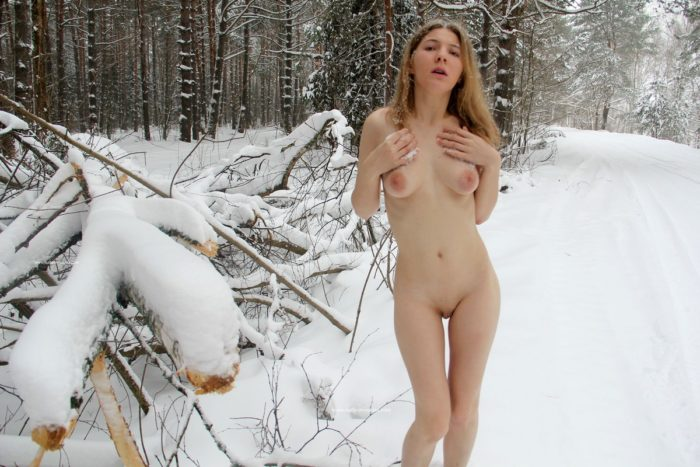 Russian girl shows ass at winter forest