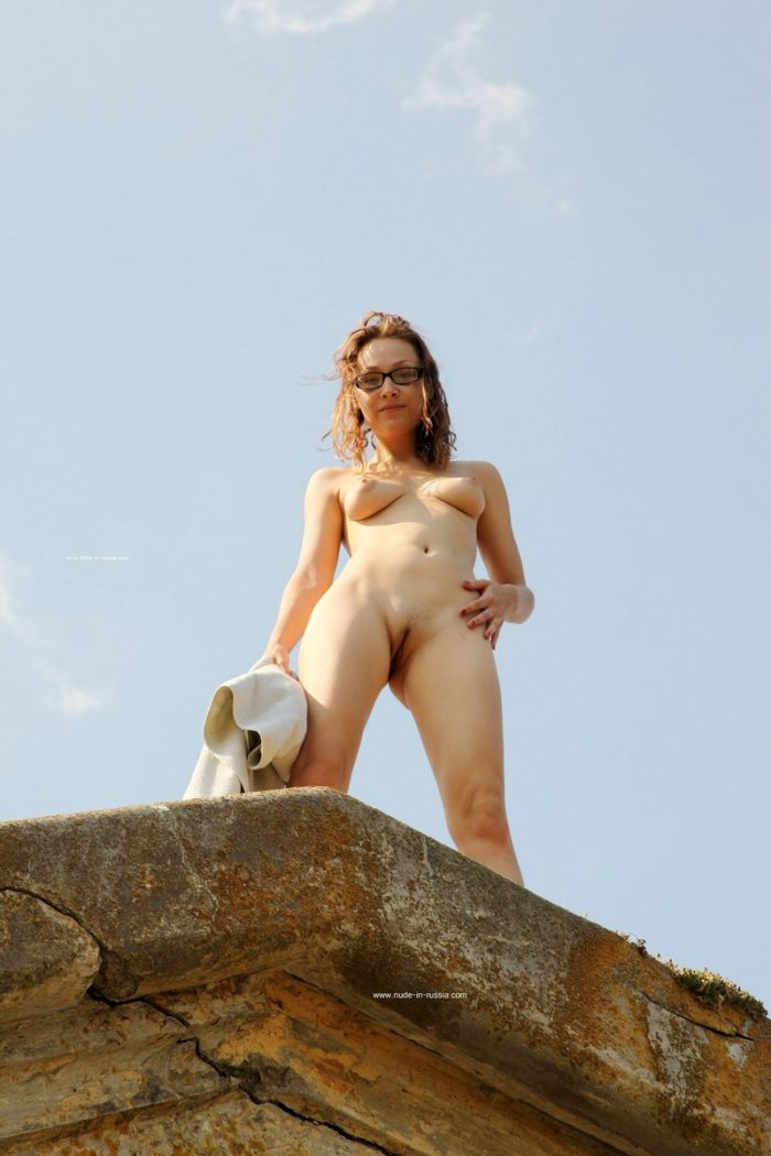 Girl In Glasses Irena K Shows Her Pussy And Ass Outdoors -2678