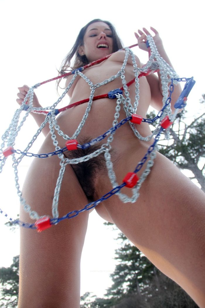 Naked girl trys to install snow chains