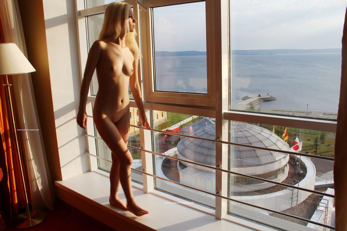 Sweet Russian Girl Masturbates On Windowsill Russian Sexy Girls
