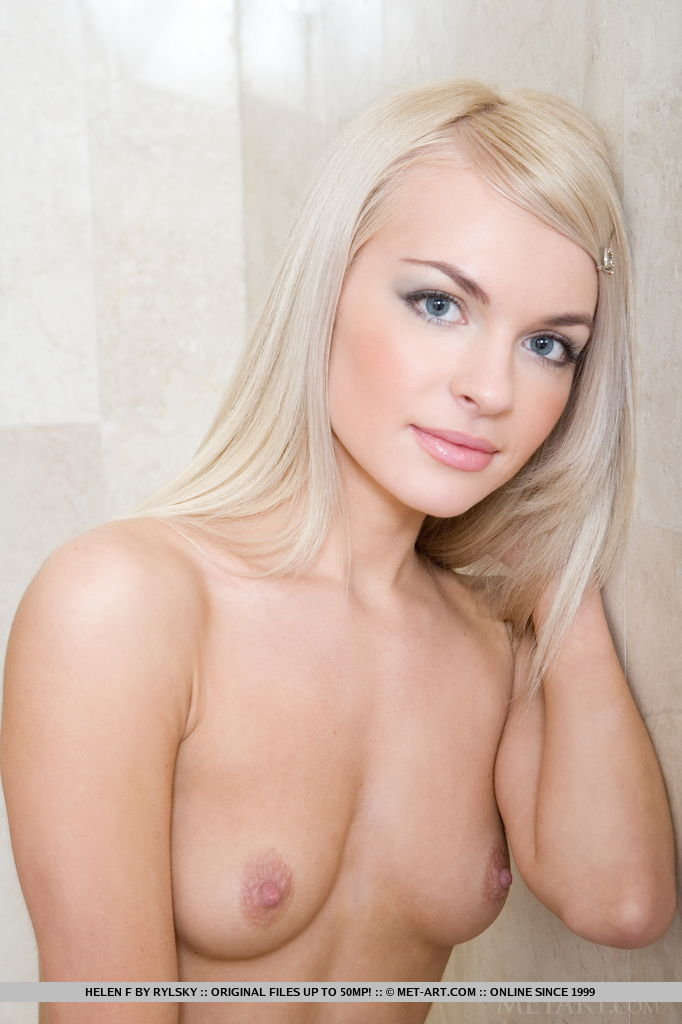 Helen F poses naked in the shower