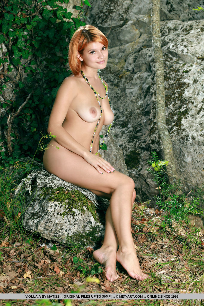 Violla A showcases her spectacular, naked body without any inhibitions.