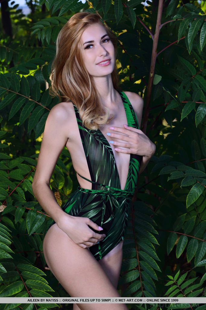 Aileen beauty shines with mother nature when she takes off her sexy one piece.