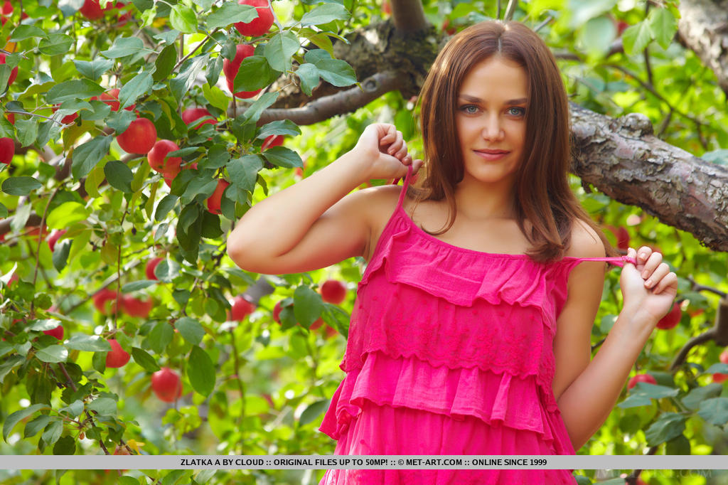 Even in the outdoors, Zlatka is a   delight to watch with her rocking hot   body and enticing smile as she strips   her hot pink dress in front of the   camera.